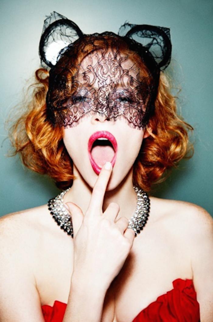 Meow, Jessica Chastain by Ellenvon Unwerth