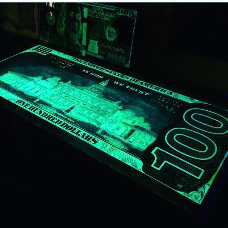 Independence Hall II GLOW 26×62 $21,000 (1)